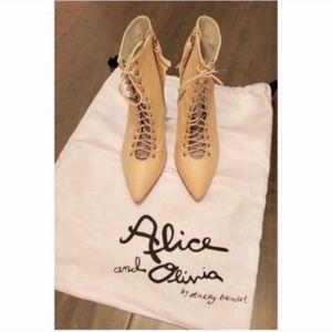 Alice + Olivia booties 👢5.5
